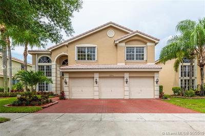 Pembroke Pines, Miramar Single Family Home For Sale: 3254 SW 175th Ave