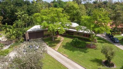 Biscayne Park Single Family Home For Sale: 12015 Griffing Blvd