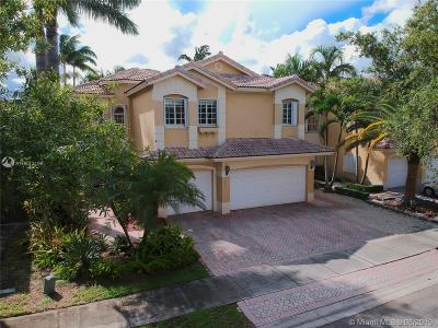 Doral Single Family Home For Sale: 10872 NW 71st St