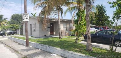 Palm Beach County Multi Family Home For Sale: 1427 Railroad Ave