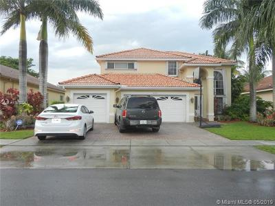 Pembroke Pines Single Family Home For Sale: 18315 NW 12th St