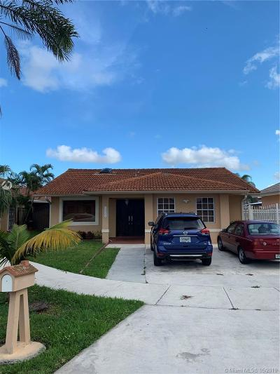 Miami Single Family Home For Sale: 13284 SW 39 St