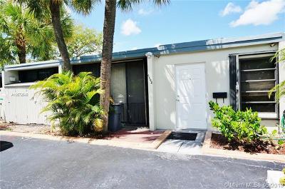 Miami Lakes Rental For Rent: 6502 E Miami Lakes Dr E