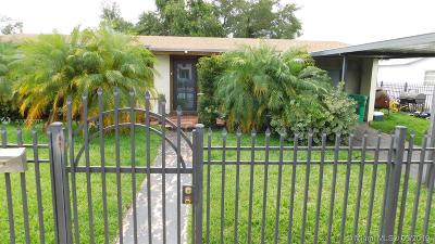 Miami Gardens Single Family Home For Sale: 1262 NW 172nd Ter