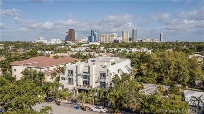 Fort Lauderdale Condo For Sale: 731 SE 13th St #731