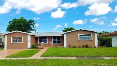 Pembroke Pines Single Family Home For Sale: 2301 NW 82nd Ave