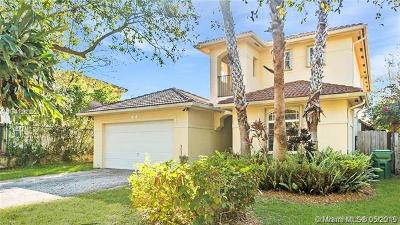 Miami-Dade County Single Family Home For Sale: 16250 SW 91st Ct