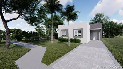 Miami Single Family Home For Sale: 1447 NW 68th St
