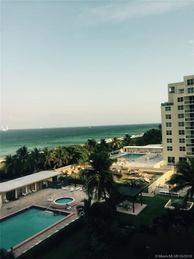 Miami Beach Condo For Sale: 5005 Collins Ave #618