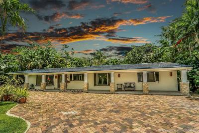 Biscayne Park Single Family Home For Sale: 12035 Griffing Blvd