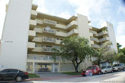 Miami Beach Condo For Sale: 1030 9th St #505
