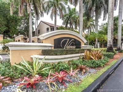 Doral Condo For Sale: 10065 NW 46th Street #305-1
