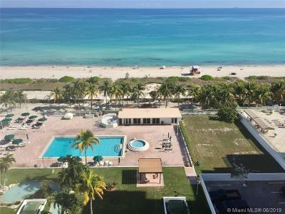 Miami Beach Condo For Sale: 5005 Collins Ave #1211