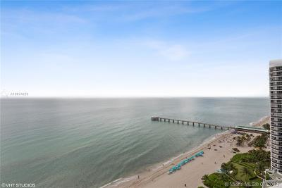 Sunny Isles Beach Condo For Sale: 16901 Collins Ave #1904