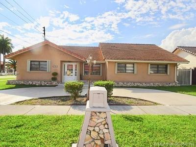 Miami-Dade County Single Family Home For Sale: 1992 SW 139th Ct