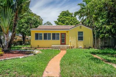 Hollywood Single Family Home For Sale: 1653 Plunkett St