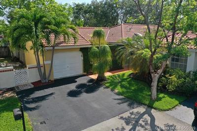 Weston Single Family Home For Sale: 1377 Garden Rd