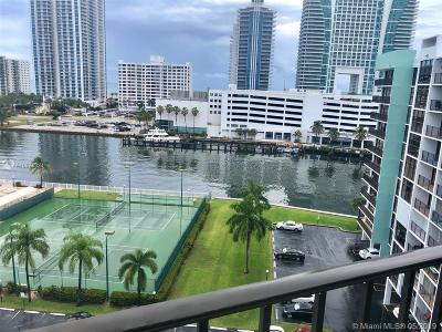 Hallandale Beach Condo For Sale: 400 Leslie Dr #1004