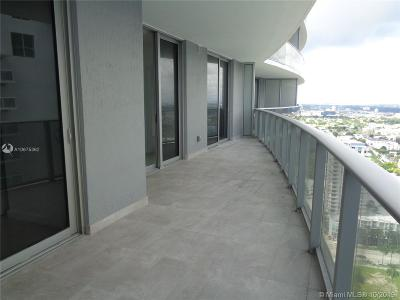 Aria On Th Bay, Aria On The Bay, Aria On The Bay Condo, Aria On The Bay Condominiu, Aria On The Bay Corner, Aria On The Bay Unit 2104 Condo For Sale: 488 NE 18th Street #3209
