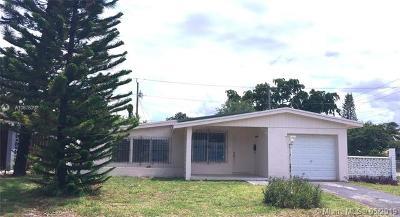 North Miami Single Family Home For Sale: 200 NE 175th St