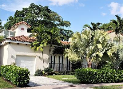 Coral Gables, South Miami Single Family Home For Sale: 737 Alhambra Cir