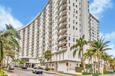 Miami Beach Condo For Sale: 6039 Collins Ave #635