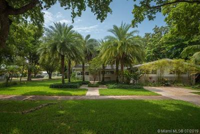 Coral Gables Single Family Home For Sale: 1000 S Alhambra Cir