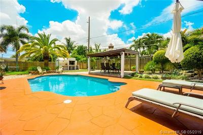 Fort Lauderdale Single Family Home For Sale: 4860 SW 12th Ct