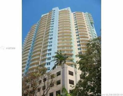 Metropolitan, Metropolitan Miami, The Metropolitan, The Metropolitan Condo, The Metropolitan Condomin Rental For Rent: 2475 Brickell Ave #703