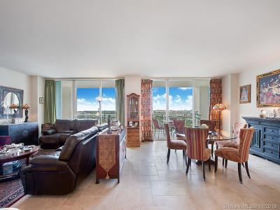 Coconut Grove Condo For Sale: 3400 SW 27th Ave #2104