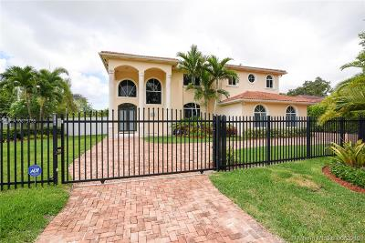 Single Family Home For Sale: 9300 SW 149 St
