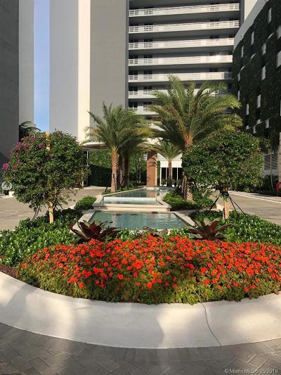 North Miami Beach Condo For Sale: 16385 Biscayne Blvd #1406