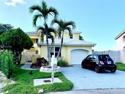 Miami Single Family Home For Sale: 15481 SW 47th Ter