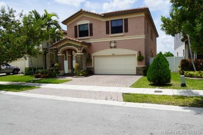 Hialeah Single Family Home For Sale: 8806 W 33rd Ave