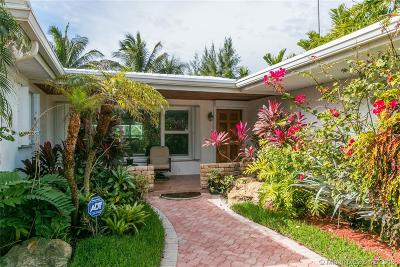Surfside Single Family Home For Sale: 8818 Hawthorne Ave