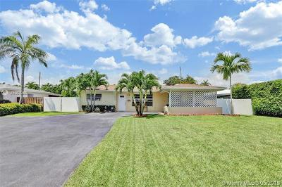 Fort Lauderdale Single Family Home For Sale: 5737 NE 17th Ter