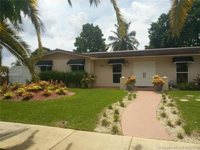 Miami Single Family Home For Sale: 8321 SW 143 Ave