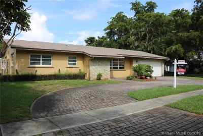 Pembroke Pines Single Family Home For Sale: 2130 NW 105th Terrace