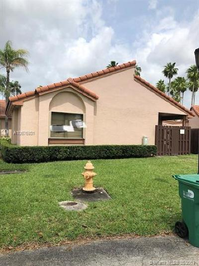 Hialeah Condo For Sale: 17214 NW 66th Ct #17214