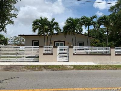 Miami Single Family Home For Sale: 4701 SW 4th St