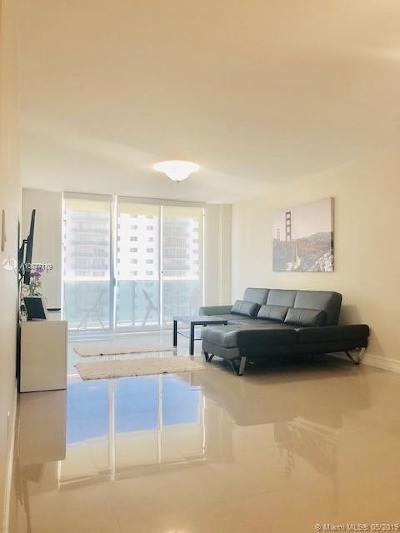 Sunny Isles Beach Condo For Sale: 19390 Collins Ave #910