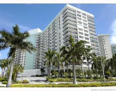 Hollywood Condo For Sale: 3725 S Ocean Dr #415