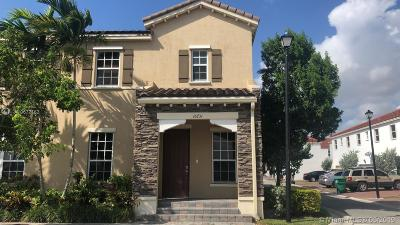 Miami Single Family Home For Sale: 16731 SW 96th St