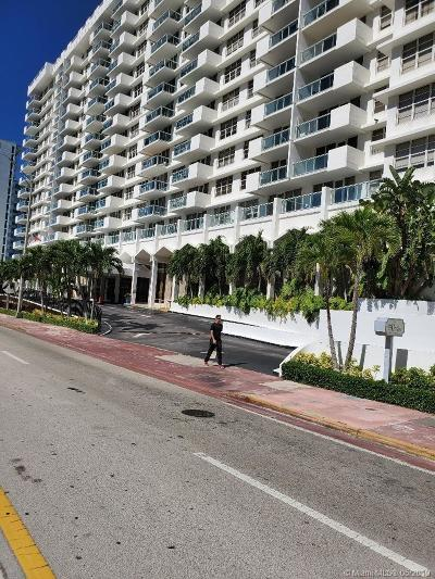 Miami Beach Condo For Sale: 5601 Collins Ave #923