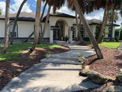 West Palm Beach Single Family Home For Sale: 12254 70th Pl N