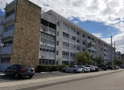 Hallandale Condo For Sale: 330 SE 2nd St #503E