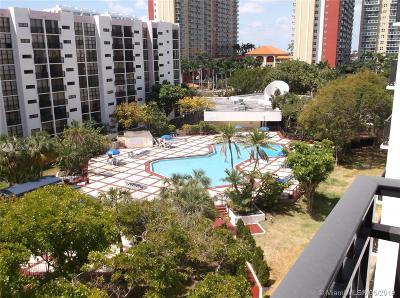Sunny Isles Beach Condo For Sale: 17011 N Bay Rd #114