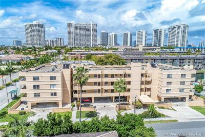 North Miami Beach Condo For Sale: 3527 NE 168th St #306