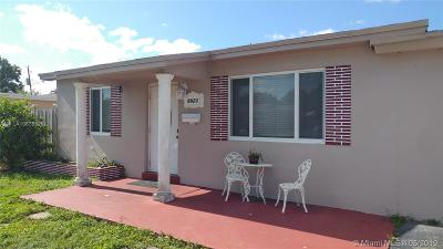 Pembroke Pines Single Family Home For Sale: 6920 SW 10th St
