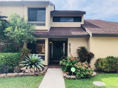 Plantation Condo For Sale: 8733 Cleary Blvd